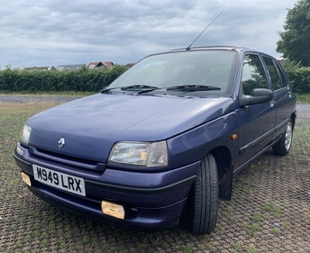 Picture of 1994 Mk1 Phase 2 1.4 RT Clio For Sale