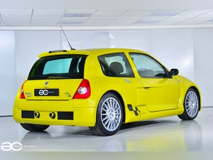 2004 Incredible Clio V6 in Acid Yellow - 13K Miles - 1 of 8! For Sale (picture 5 of 12)