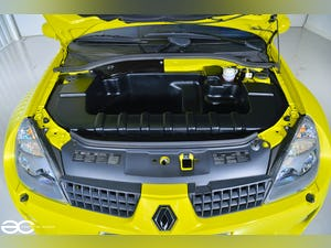 2004 Incredible Clio V6 in Acid Yellow - 13K Miles - 1 of 8! For Sale (picture 10 of 12)
