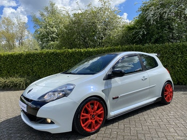 Picture of 2011 RARE Pearl White Renaultsport Clio 200 - Recaro's - Cup Pack For Sale