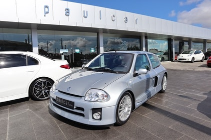 Picture of 2002 Renault Clio Sport V6 For Sale
