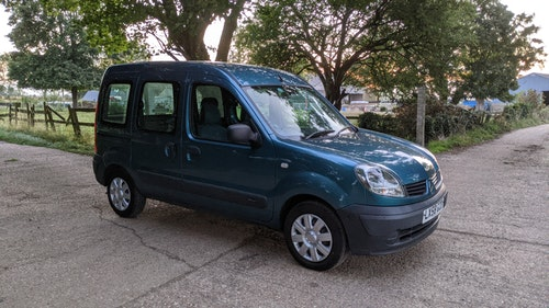"""Picture of 2008 Renault Kangoo Authentique """"Chairman"""" 1.1 petrol manual. Gow For Sale"""