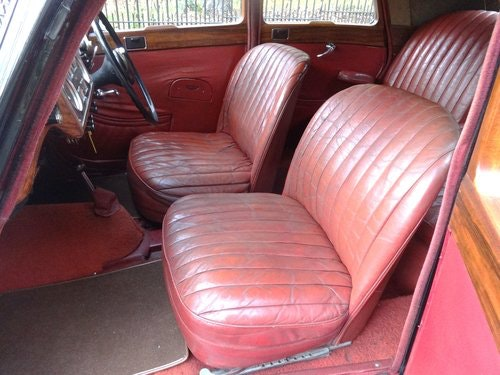 Riley 2 1/2 Saloon Manual For Sale (picture 5 of 6)