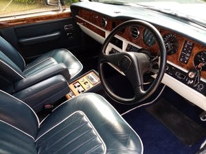 1988 Rolls-Royce Silver Spur in White For Sale (picture 7 of 12)