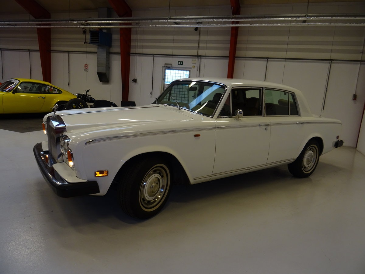 1975 Rolls-Royce Silver Shadow SOLD (picture 2 of 6)