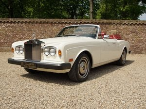 Picture of 1982 Rolls Royce Corniche Series 2 matching numbers, very origina For Sale