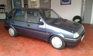 Picture of 1991 METRO FOR LIGHT RESTORATION TOP OF THE SHOP  GS 1.4 SOLD