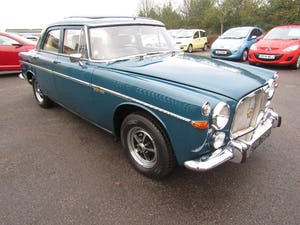 1972 STUNNING EXAMPLE WITH EXTENSIVE SERVICE HISTORY For Sale (picture 3 of 12)