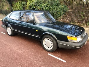 1992 A much cherished Classic Saab 900. SOLD (picture 1 of 10)