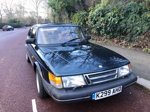 1992 A much cherished Classic Saab 900. SOLD (picture 3 of 10)
