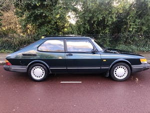 1992 A much cherished Classic Saab 900. SOLD (picture 5 of 10)
