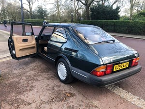 1992 A much cherished Classic Saab 900. SOLD (picture 6 of 10)