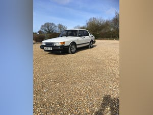 1991 Saab 900 16 i For Sale (picture 3 of 12)