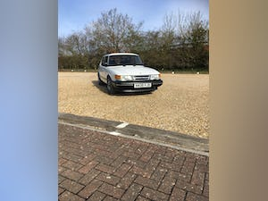 1991 Saab 900 16 i For Sale (picture 1 of 12)