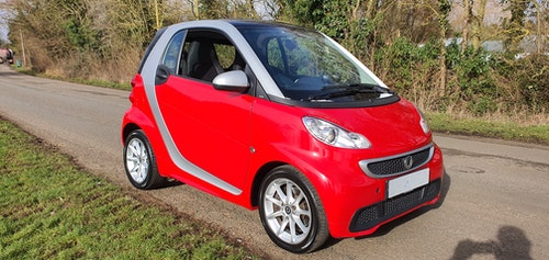 Picture of 2012 Really nice and Cherished Smart Car For Sale
