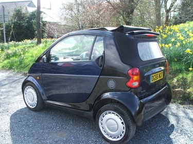 Picture of 2006 Smart For Two Cabriolet Semi Automatic, great for Summer For Sale