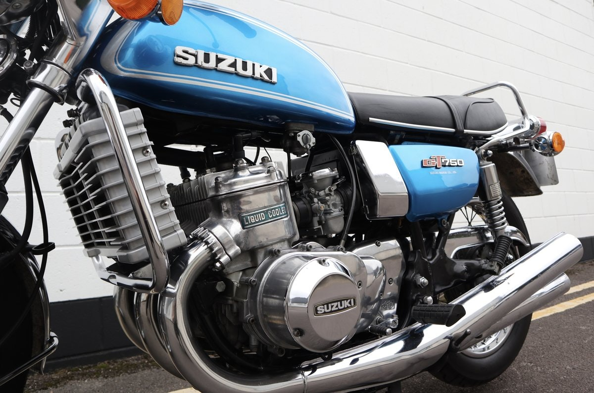 1974 Suzuki GT750 - An Excellent Example ! SOLD (picture 4 of 6)