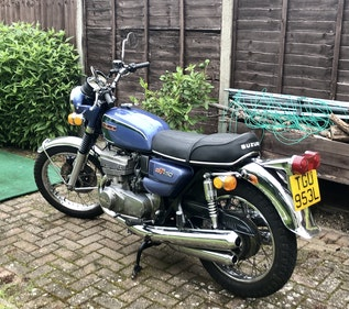 Picture of 1973 Beautiful Suzuki GT550 For Sale