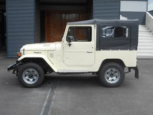1978 TOYOTA LAND CRUISER FJ40 softtop petrol For Sale (picture 8 of 21)