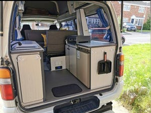 1993 Beautiful Toyota Hiace Campervan For Sale (picture 5 of 9)