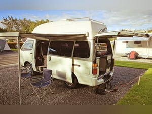 1993 Beautiful Toyota Hiace Campervan For Sale (picture 8 of 9)