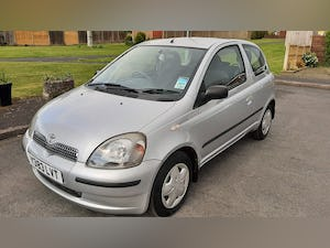 2001 Toyota Yaris Prime example low miles For Sale (picture 1 of 8)