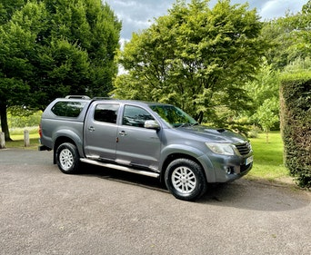 Picture of 2013 Superb! (63) toyota hilux invincible! 3.0 - d4d manual! For Sale