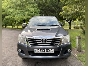 2013 (13) Stunning! toyota hilux invincible! 3.0 - d4d 63k! For Sale (picture 2 of 12)