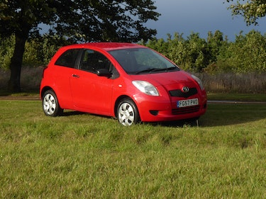 Picture of 2007 Toyota Yaris 1.0 T2 12 Months MOT Full Service History For Sale