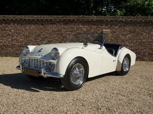 Picture of 1957 Triumph TR3A Bare-Metal /Body-Off restored, only 5300 miles  For Sale