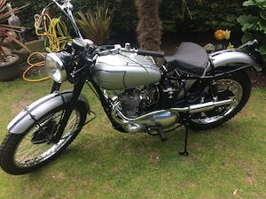 1951 TRIUMPH TROPHY TR5 Famous Rider/Owner 07957 575 575 For Sale (picture 2 of 12)