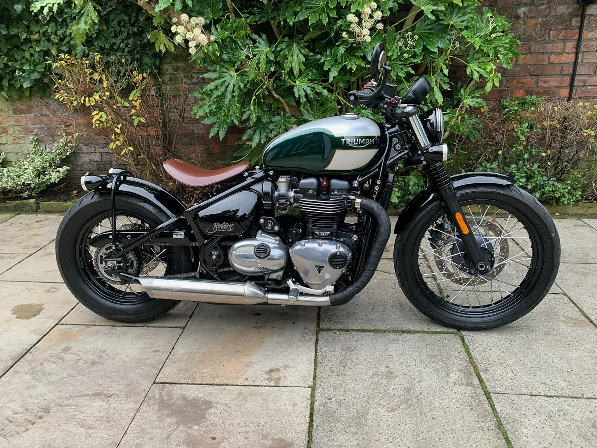 2017 Triumph Bobber 1200, £££ Of Extras, Stunning SOLD (picture 1 of 6)