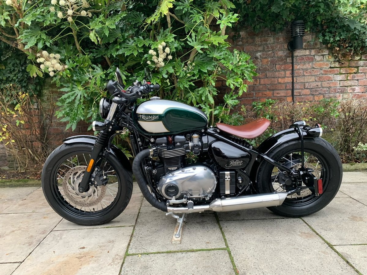 2017 Triumph Bobber 1200, £££ Of Extras, Stunning SOLD (picture 2 of 6)