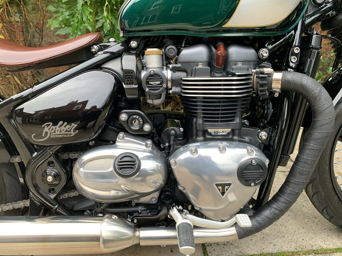 2017 Triumph Bobber 1200, £££ Of Extras, Stunning SOLD (picture 4 of 6)
