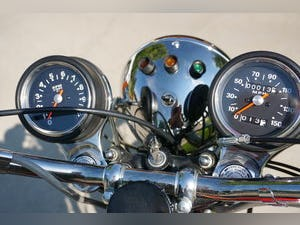 1972 Rescued Triumph T120 V, # matching with Title For Sale (picture 4 of 6)