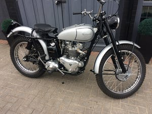 1951 TRIUMPH TROPHY TR5 Famous Rider/Owner 07957 575 575 For Sale (picture 11 of 12)