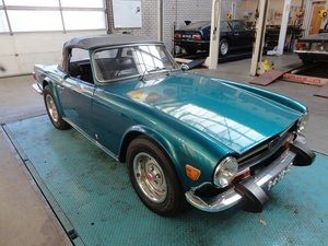 Picture of Triumph TR6 6 cyl. 2500cc  1974 For Sale