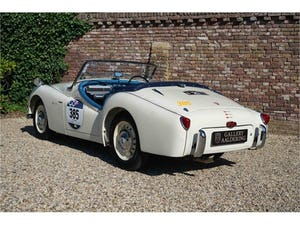 1954 Triumph TR2 Very well maintained, recent Mille Miglia compet For Sale (picture 3 of 6)