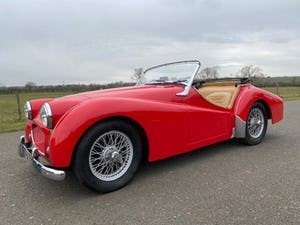 1955 Triumph TR2. Red with tan interior and a black hood For Sale (picture 1 of 12)