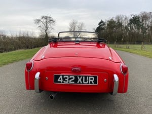1955 Triumph TR2. Red with tan interior and a black hood For Sale (picture 6 of 12)