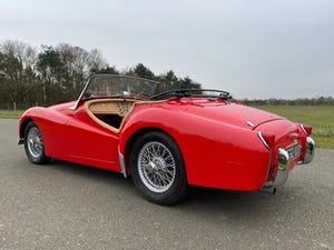 1955 Triumph TR2. Red with tan interior and a black hood For Sale (picture 7 of 12)