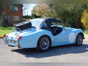 1960 Triumph TR3a rally car - fast, great fun, proven winner. For Sale (picture 3 of 12)