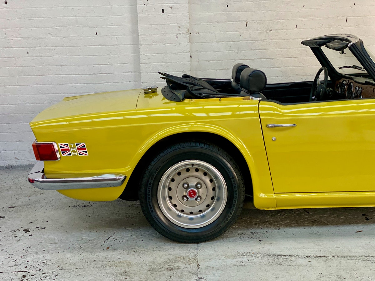 1973 Marvellous Mimosa Yellow Triumph TR6 For Sale (picture 3 of 12)