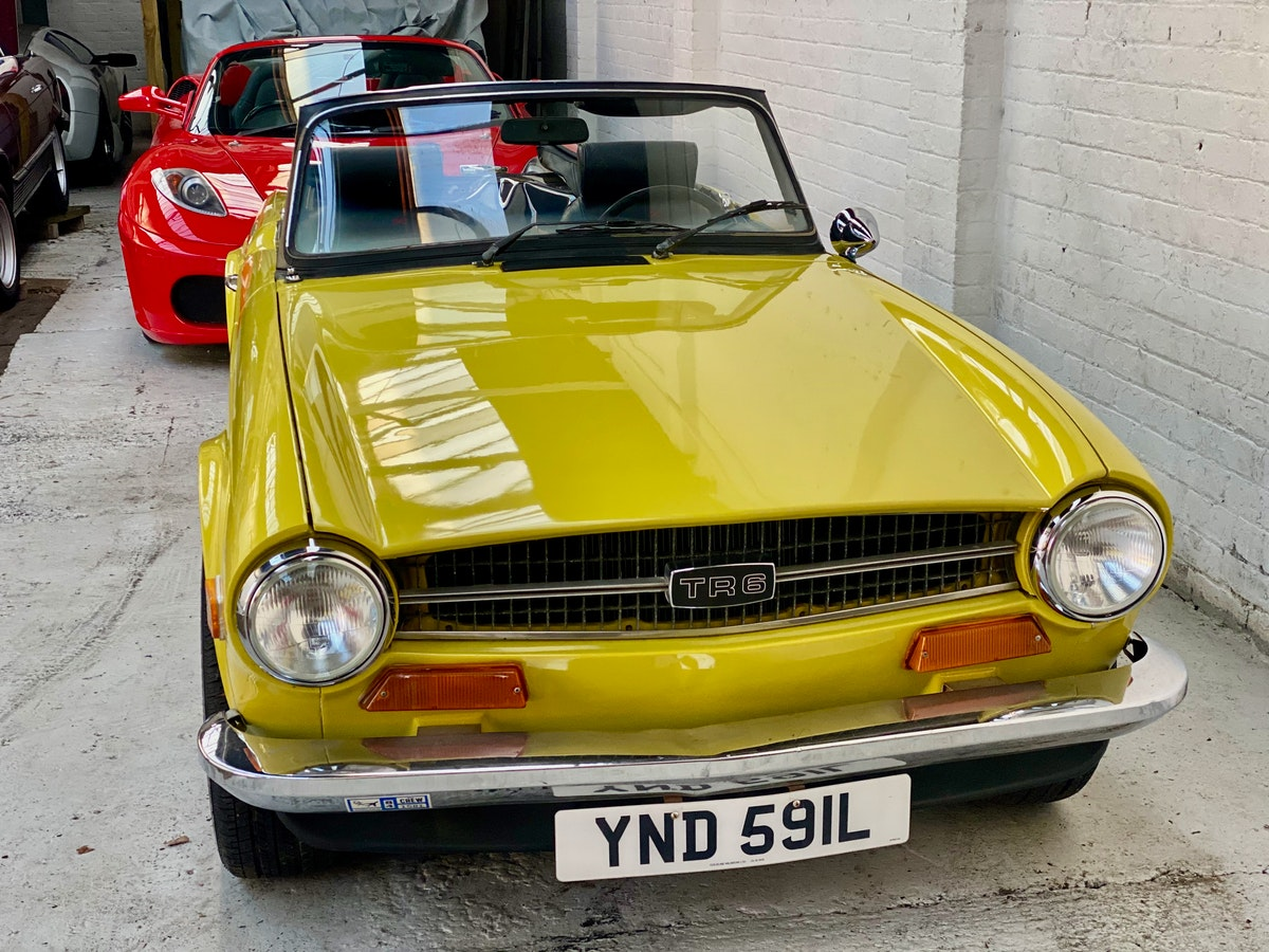 1973 Marvellous Mimosa Yellow Triumph TR6 For Sale (picture 6 of 12)