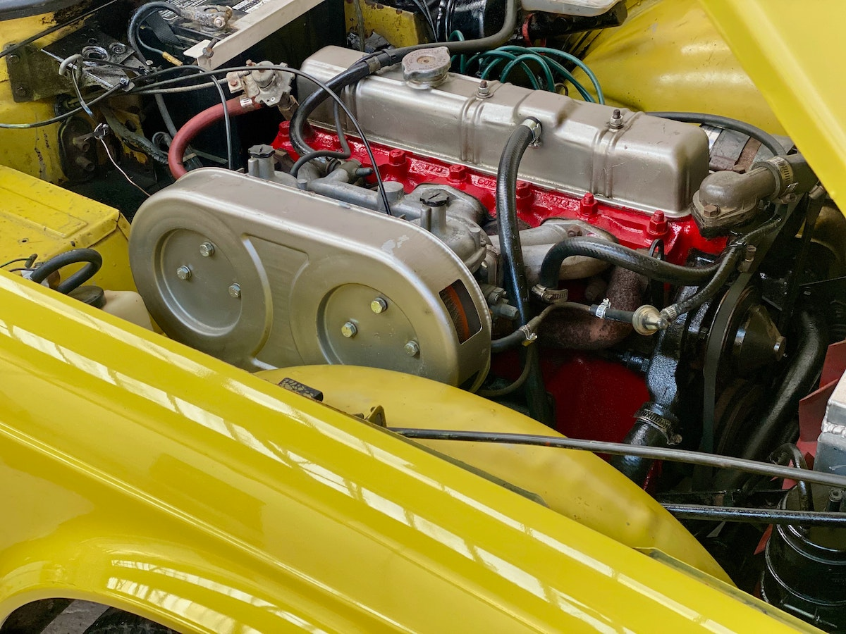 1973 Marvellous Mimosa Yellow Triumph TR6 For Sale (picture 8 of 12)