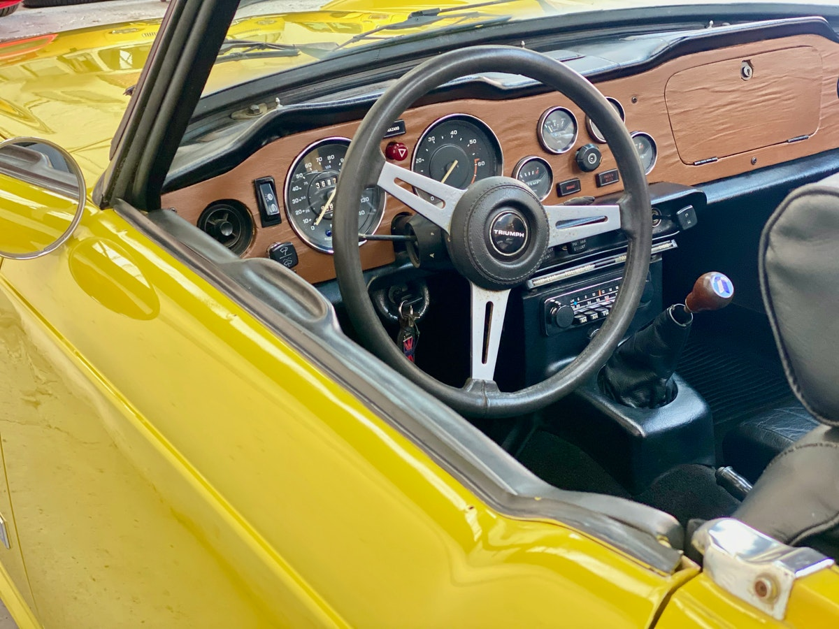 1973 Marvellous Mimosa Yellow Triumph TR6 For Sale (picture 11 of 12)