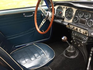 1962 Triumph TR4 in Powder blue LHD. For Sale (picture 7 of 11)