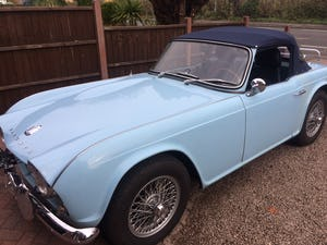 1962 Triumph TR4 in Powder blue LHD. For Sale (picture 10 of 11)