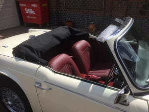 1965 Triumph TR4A IRS For Sale (picture 8 of 11)