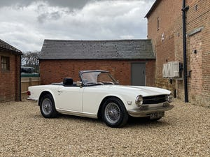 1970 Triumph TR6 2.5 Manual / Overdrive. Free U.K Delivery For Sale (picture 1 of 12)